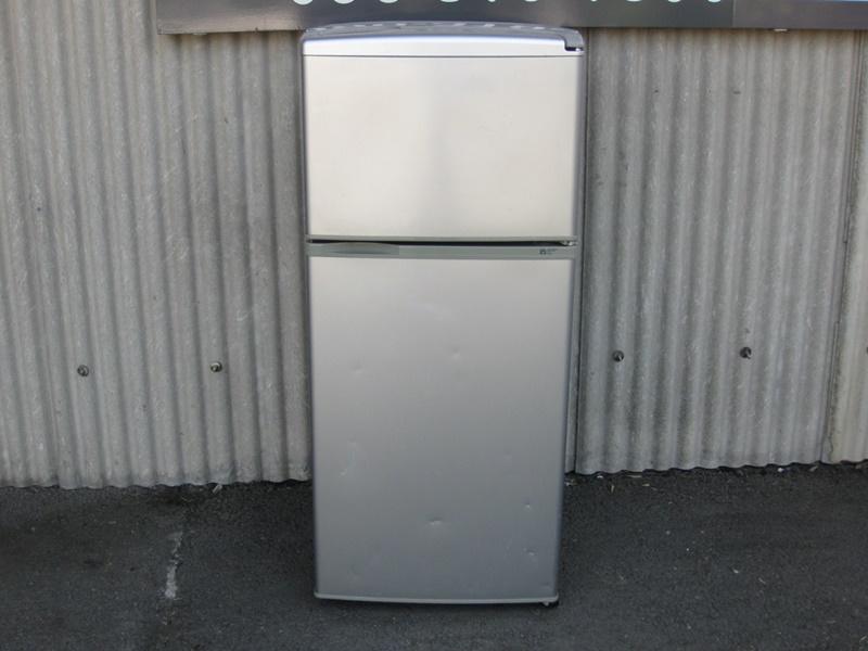 05年製 冷蔵庫 112L
