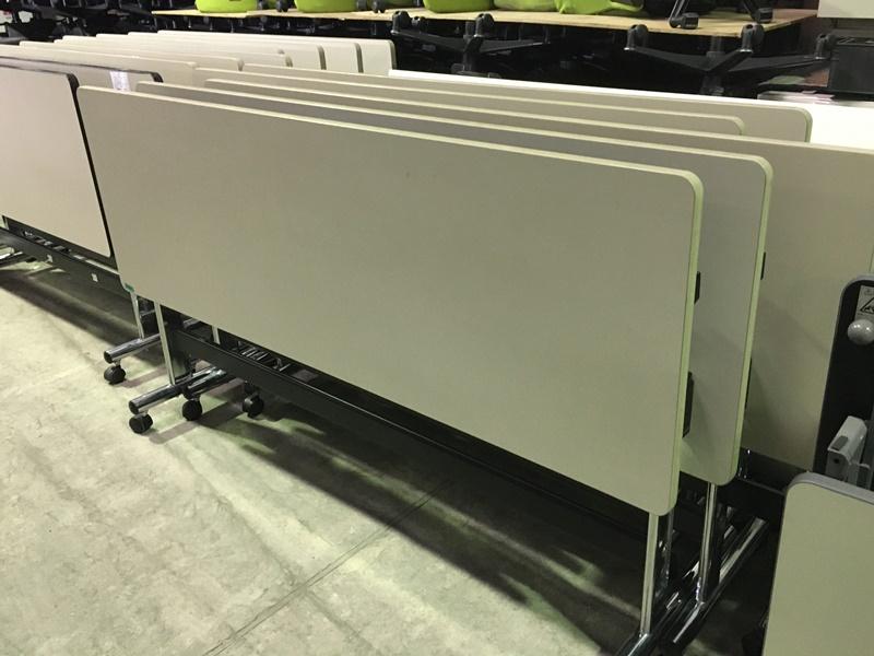 スタックテーブル 1800×600