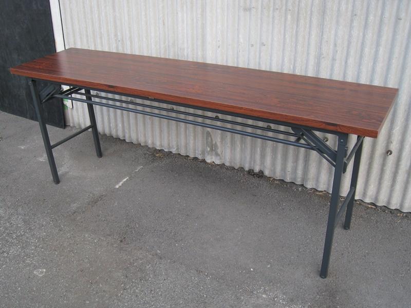 折りたたみテーブル W1800