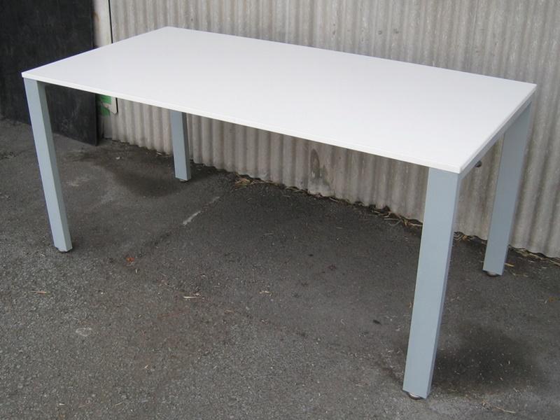 ミーティングテーブル W1500