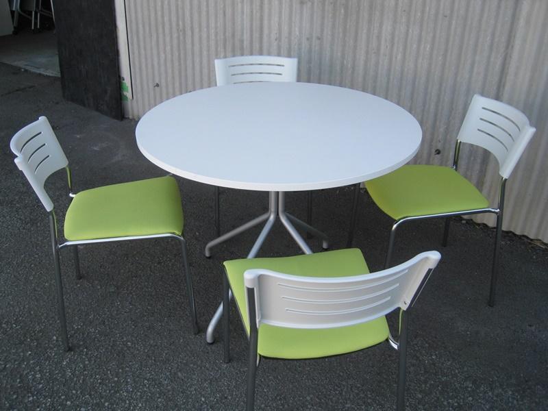 丸テーブル+チェア4脚セット