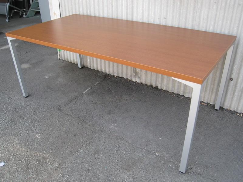 ミーティングテーブル W1800