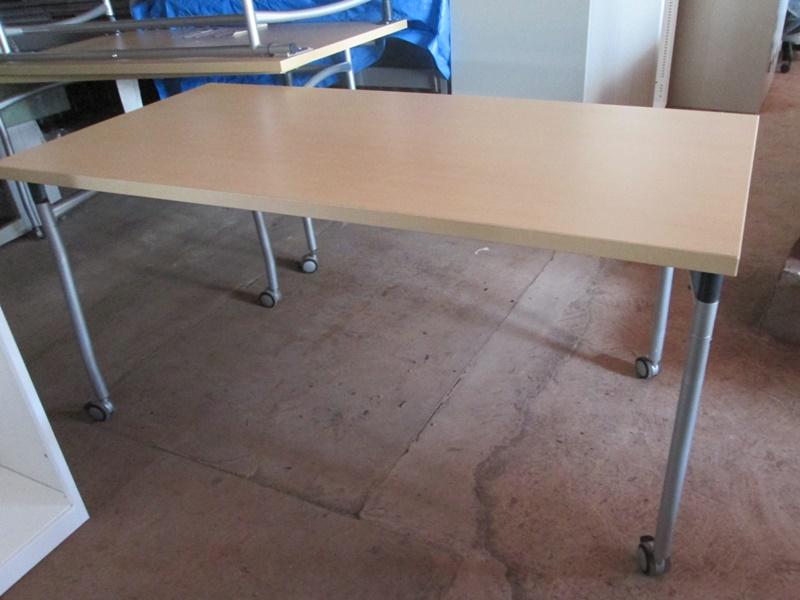 ITOKI アクティブ フィールド テーブル